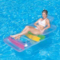 Poltrona gonfiabile Bestway 43011B in piscina