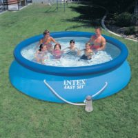 Piscina easy set 28132 in uso