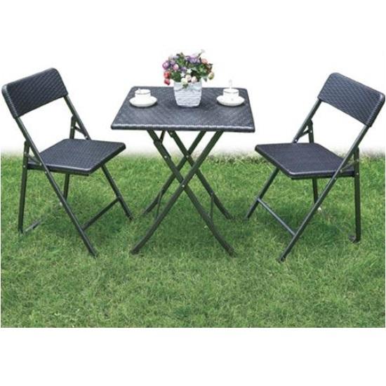 Set rattan pieghevole tavolo e 2 sedie